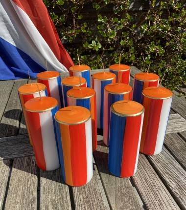 Holland-nederland-kaars-rood wit blauw-nederlandse vlag-oranje-WK-koningsdag-geslaagd
