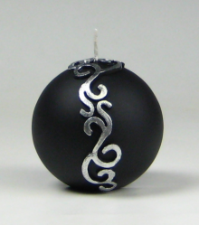 kerstkaars, zwart, ornament, bolkaars, Cobbenhagen kaarsen